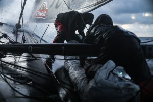 Jérémie Beyou et Christopher Pratt à bord de Charal